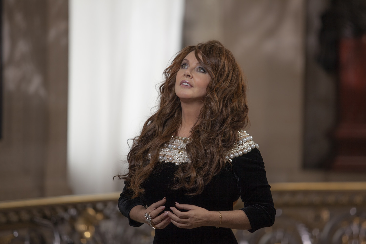 Sarah Brightman invite Florent Pagny pour Just Show Me How To Love You